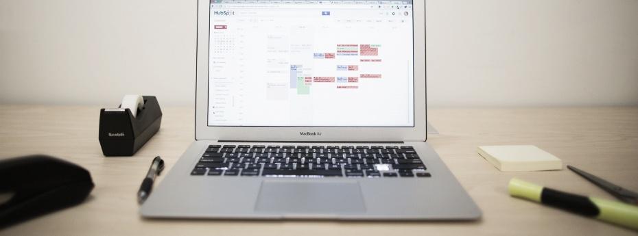 computer-on-desk.jpg